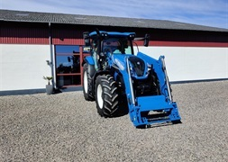 New Holland T6145  med New Holland 760TL frontlsser