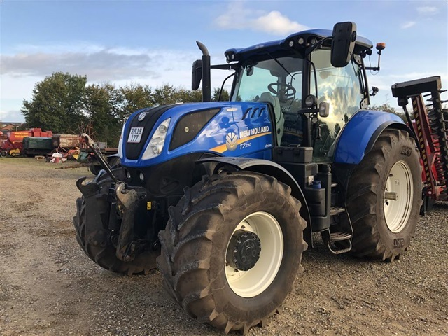 New Holland T7.230 Auto Command Tier 4B