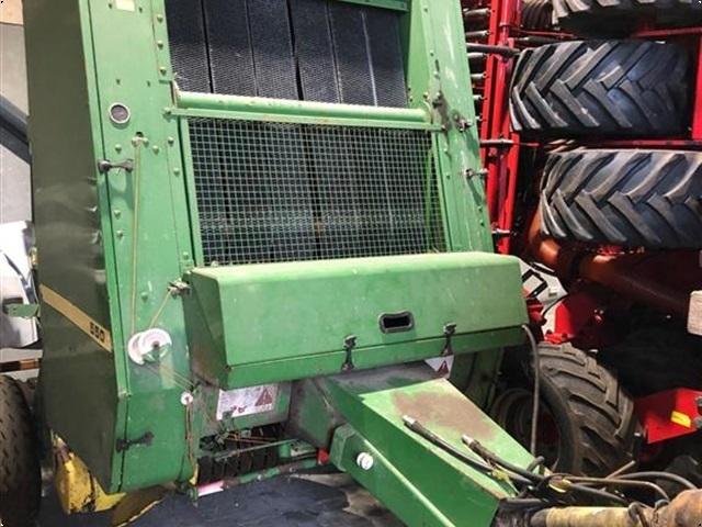 John Deere 550 Rundballepresser