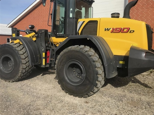 New Holland W190D