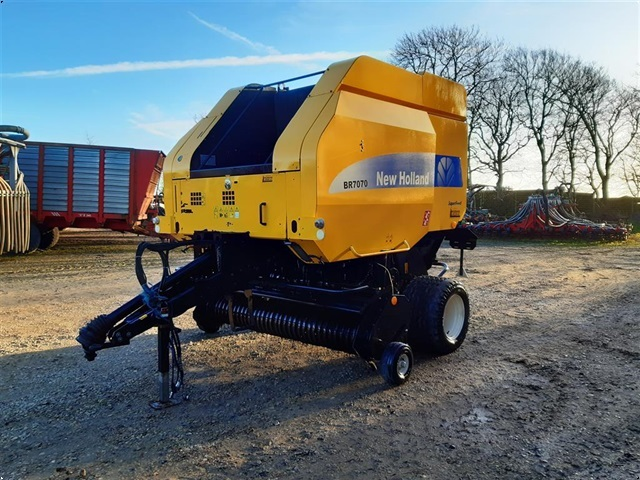 New Holland BR 7070 SuperFeed