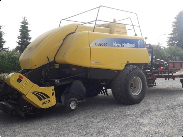 New Holland BB 9090