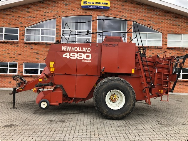 New Holland 4990