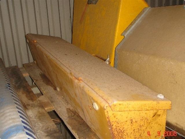 New Holland NH/LB værktøjskasse