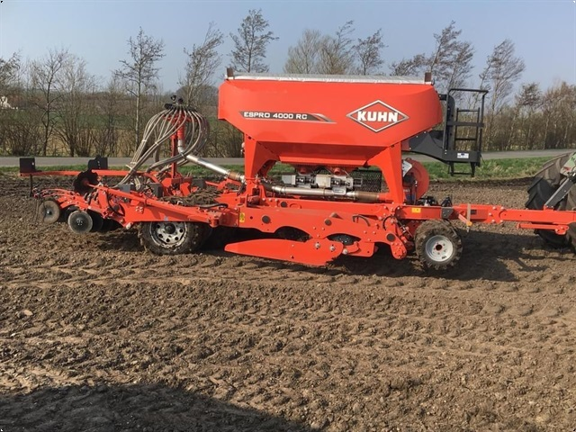 Kuhn Espro 4000RC Place