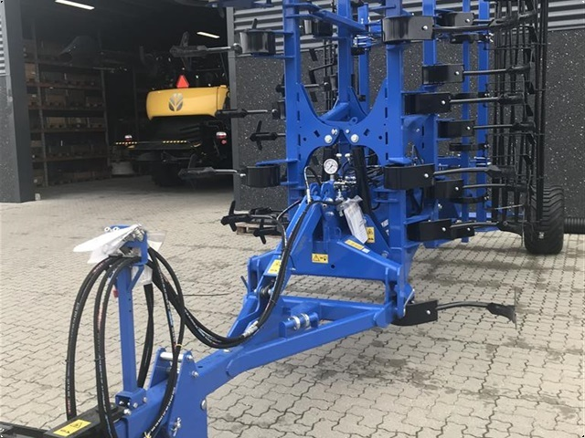 New Holland STX V 500T